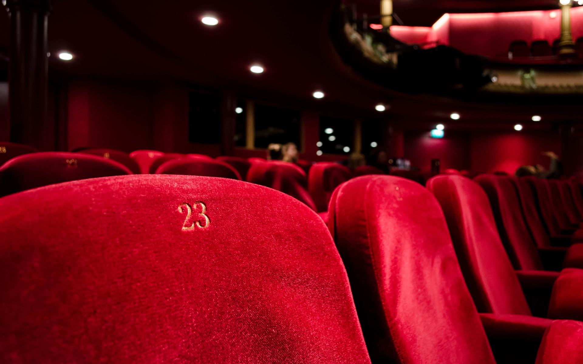 Media and entertainment industry companies like theaters must consider unique issues as they work to apply ASC 606.