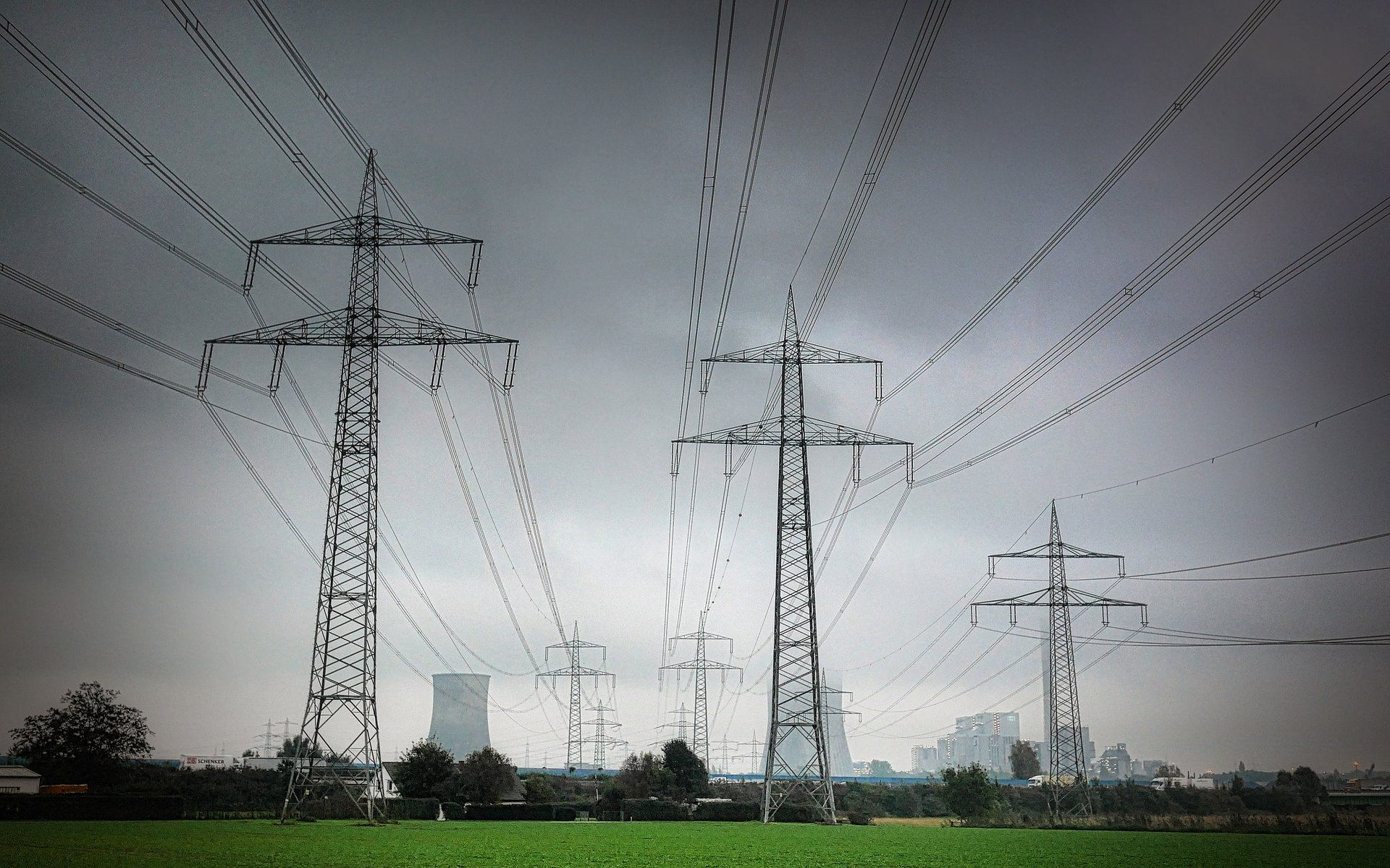 Power and utility entities face unique challenges and considerations when implementing ASC 606.